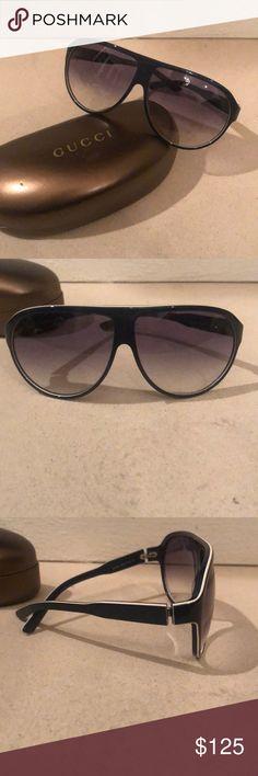 bfe0a8e80ae74 Men s Gucci sunglasses Perfect condition men s Gucci sunglasses. Comes with  Gucci case and glass cloth. Sunglasses are dark navy blue with white trim.
