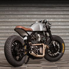 "dropmoto: ""Talk about a head turner. Yamaha cafe racer built by Love every detail on this one. Virago Cafe Racer, Yamaha Cafe Racer, Moto Scrambler, Motos Yamaha, Yamaha Virago, Moto Cafe, Cafe Bike, Cafe Racer Motorcycle, Motorcycle Design"