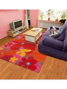 http://www.benuta.de/teppich-colourful-summer-pink.html  Mit kräftigen Farben und stilvollen Blumenmustern setzt die Summer Kollektion von Arte Espina leuchtende Akzente. Der Teppich frischt jedes Eigenheim gekonnt auf. Er ist handgetuftet und ist aus hochwertigem Polyacryl Espirelle hergestellt. Dieses Material ermöglicht eine unkomplizierte Reinigung und eine hohe Strapazierfähigkeit des Teppichs und zugleich verfügt der Designer Teppich Summer über einen angenehm weichen Flor.