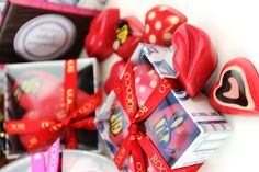 Don't know what to get your sweetheart for Valentines? Pop into @rococochocolates