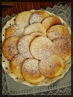 Hamburger, Food And Drink, Bread, Desserts, Pierogi, Diet, Kitchens, Tailgate Desserts, Deserts