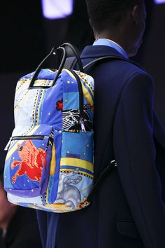 Versace Fall 2016 Menswear Accessories Photos - Vogue