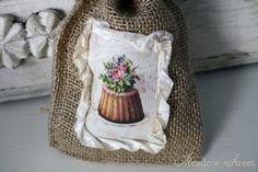 Petite Burlap Bag-Cake