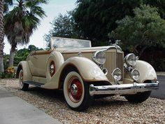 1934 Packard Convertible coupe Super 8 1104 series