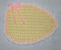 Saw this sweet Easter Egg Placemat, and just knew it needed to be shared with you all.  Quick, last minute project to finish in time for the dinner table.  Use a pastel variegated and make this the cutest serving mat on the table.  Find the pattern on Ravelry here: http://www.ravelry.com/patterns/library/easter-egg-place-mat