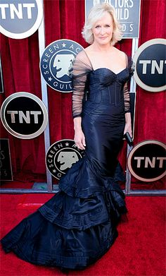 glenn close SAG awards 2012- age appropriate and stunning. the tailoring is perfect on this dress!