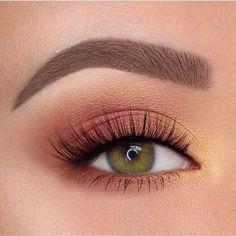 Idée Maquillage 2018 / 2019 : Orange and yellow eyeshadow eye makeup inspiration - Eye Makeup Makeup Your Face, Makeup Eye Looks, Makeup For Green Eyes, Cute Makeup, Pretty Makeup, Skin Makeup, Eyeshadow Makeup, Makeup Brushes, Beauty Makeup