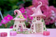 Honiglicht-Keramik - Home Clay Fairy House, Clay Fairies, Cute Fairy, Fairy Garden Houses, Glitter Houses, Slab Pottery, Pebble Painting, Polymer Clay Crafts, Sculpture Clay