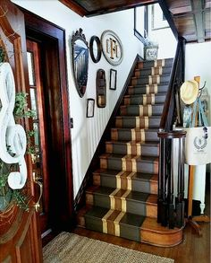 Gorgeous entryway with painted stairs painted stair runner staircase gallery wall with antique mirrors and frames Summer decorating ideas Staircase Spindles, Painted Staircases, Staircase Runner, Staircase Makeover, Painted Stairs, Wooden Stairs, Staircase Design, Staircase Remodel, Stair Runners