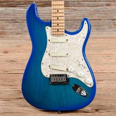Look at these electric fender guitar. Fender Bass, Fender Guitars, Stratocaster Guitar, Cool Electric Guitars, Guitar Collection, Guitar Shop, Beautiful Guitars, Body Electric, Acoustic