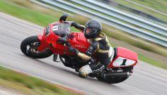 Ducati Girl 750SS Scandinavian Raceway Sweden www.ducatidelar.se