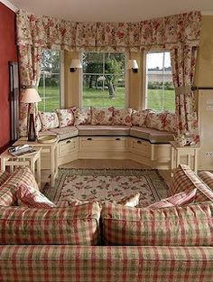 47 Ideas Bay Window Seating Ideas Bedrooms For 2019 Rideaux Shabby Chic, Muebles Shabby Chic, Bay Window, Window Seats, Home Decor Furniture, Home Interior Design, Interior Livingroom, Interior Modern, Interior Decorating
