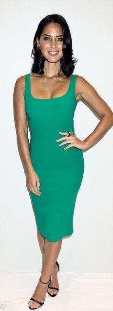 Who made Olivia Munn's dress that she wore in New York? Dress – Michael Kors