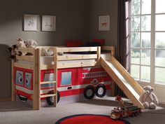 The Thuka Hit 1 Midsleeper has features such as a Slide