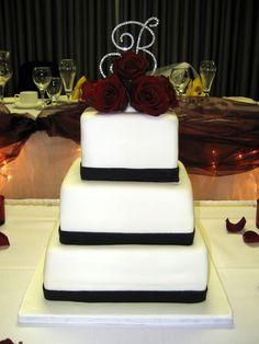 black and white wedding cake | Black & White Rose Wedding Cake