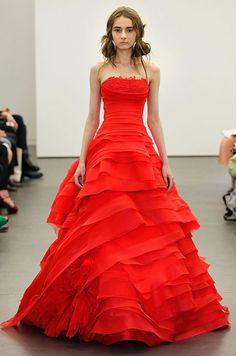Vestidos de noiva vermelhos – o vermelho é o novo branco?
