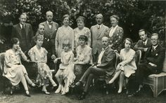 Princess Marie of Lippe – House of Mecklenburg-Strelitz Queen Wilhelmina, Line Of Succession, St Anne, Grand Duke, Wedding Breakfast, Red Army, Teenage Years, Second Child, Roman Catholic