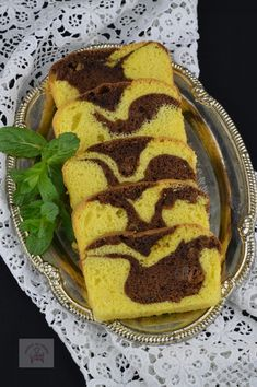 Romanian Food, Loaf Cake, Sweet Bread, Candy, Breakfast, Fruit Cakes, Ethnic Recipes, Morning Coffee, Sweets