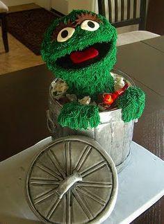 Cake Wrecks - Home - Sunday Sweets: Sesame Street - Oscar cake by Crazy Cake Lady Crazy Cakes, Fancy Cakes, Cute Cakes, Pretty Cakes, Unique Cakes, Creative Cakes, Gorgeous Cakes, Amazing Cakes, Sesame Street Cake