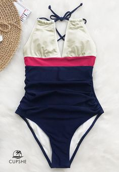 Slip into this one piece with lining, halter design, shirring at front,and removable padding bra. Go to the beach and feel the gentle breeze! Enjoy the genial sunshine~