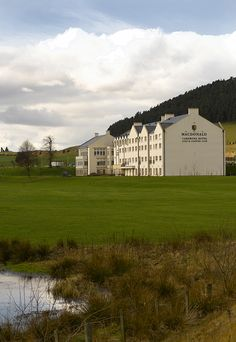 Cardrona Hotel and Golf Club...Image by David Cadzow