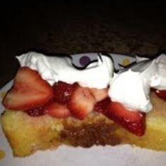 Ricotta Orange Pound Cake with Strawberries Pound Cake With Strawberries, Strawberry Cake Recipes, Ricotta, Cinnamon, Cheesecake, Orange, Ethnic Recipes, Desserts, Spring