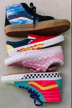 outfit with vans shoes * outfit with vans ; outfit with vans old skool ; outfit with vans slip ons ; outfit with vans black girl ; outfit with vans winter ; outfit with vans shoes ; outfit with vans hightops ; outfit with vans school Vans Sneakers, Vans Customisées, Converse, Nike Shoes, Women's Shoes, Sneakers Workout, Pink Vans, Vans Men, Chunky Sneakers