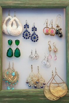 Need to make this to display my pretty earrings and not loose them