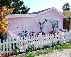 Pleasure Point Beach Cottage - aGreatPlaceToStay.net Vacation Rental