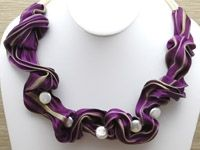 WIDE SILK NECKLACE *step by step instructions with wire, etc. @ http://shop.sonoranbeads.com/v/vspfiles/assets/images/shibori%20silk%20on%20silk.pdf