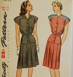 Vintage 1940s Simplicity Misses' TwoPiece par NostalgiaVintage2, $16,50