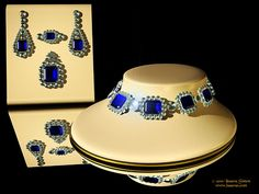 More sapphires...I could wear these...