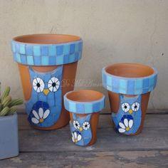 Mosaic Planters, Mosaic Flower Pots, Mosaic Garden, Mosaic Animals, Mosaic Birds, Owl Mosaic, Painted Plant Pots, Painted Flower Pots, Flower Pot Crafts