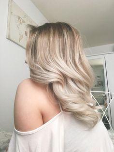 Creamy blonde balayage #blonde #balayage #ombre