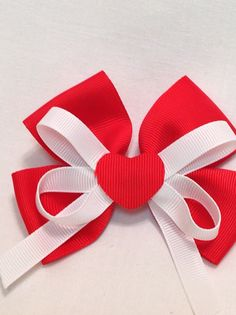 Hairbows/Boutique Hairbows/Grosgrain Ribbon/Girls by debbiewomack