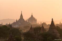 Myanmar-Burma-Photo-Tour-Elia-Locardi-Bagan-Temples.jpg (1440×960)