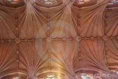 decke-der-kathedrale-18655752.jpg (400×267)