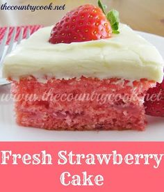 fresh strawberry cake Ingredients: FOR THE CAKE: 1 box vanilla, white or yellow cake mix;) box strawberry gelatin mix (Jell-O); 1 pint fresh strawberries (or 1 cup crushed fresh strawberries) F Fresh Strawberry Cake, Strawberry Recipes, Strawberry Muffins, Strawberry Jello, Strawberry Picking, Fresh Fruit, Strawberry Cupcake Recipe Using Cake Mix, Strawberry Glaze, Fresh Cake