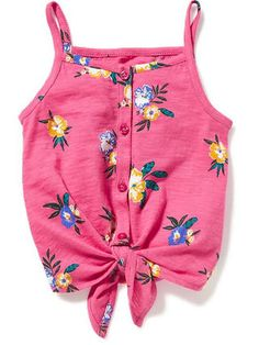 Toddler girl tees & tops from Old Navy are available in fun, dainty styles that will make her stand out and shine. Baby Outfits, Girls Summer Outfits, Cute Girl Outfits, Toddler Girl Outfits, Toddler Dress, Kids Outfits, Toddler Girls, Baby Girl Fashion, Toddler Fashion