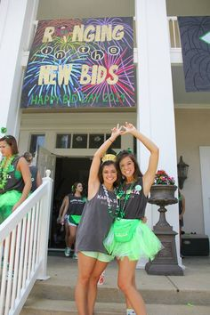 Ringing in the new bids - a New Year's style celebration! This would be great for a spring bid day