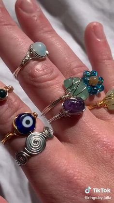 Wire Jewelry Rings, Handmade Wire Jewelry, Wire Jewelry Designs, Cute Jewelry, Crystal Jewelry, Beaded Jewelry, Jewelery, Jewelry Accessories, Diy Crystal Rings