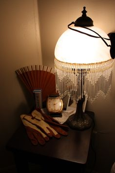 1000 images about old fashioned lamps on pinterest oil. Black Bedroom Furniture Sets. Home Design Ideas