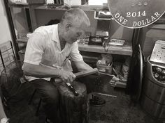 Making vintage Hong Kong letterbox.