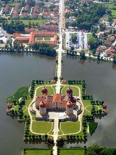 Moritzburg Castle - Dresden, Germany Incredible Pictures