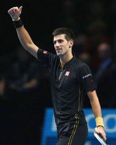 マリン・チリッチに圧勝したノバク・ジョコビッチ=ロンドン(ゲッティ=共同) ▼11Nov2014共同通信 ジョコビッチ、3連覇へ好発進 ATPファイナル第2日 http://www.47news.jp/CN/201411/CN2014111001001630.html #ATP_World_Tour_Finals_2014
