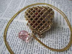 "Purse ""Ladies Fine Purse"" Vintage Necklace by DreamAddict on Etsy"