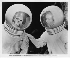 Moon Zero Two - visor seal appears to be string!