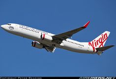 Boeing 737-8FE aircraft picture