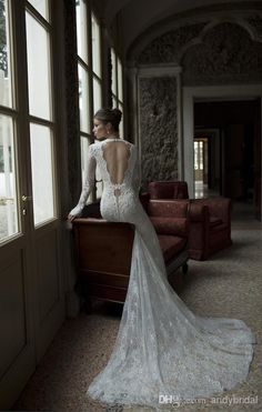 2014 Hot Sell Berta Long Sleeve Backless Low Cut V Neck Open Back Beach Bridal Gown Lace Mermaid Wedding Dresses with Pearls on Sale