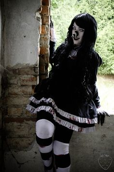 This is an awesome cosplay of Laughing Jill.